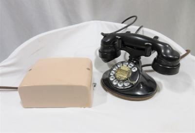 Telephone, Desk